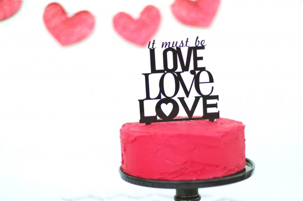 Pink + Gold Valentine's Day Celebration Inspiration: It Must Be Love!