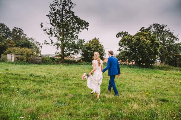 claire pettibone bride wearing colourful Jenny Packham headpiece (4)