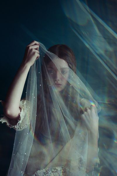 ethereal bride and veil