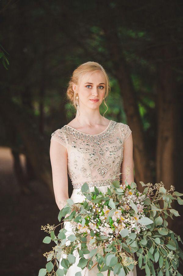 organic rustic wedding bouquet