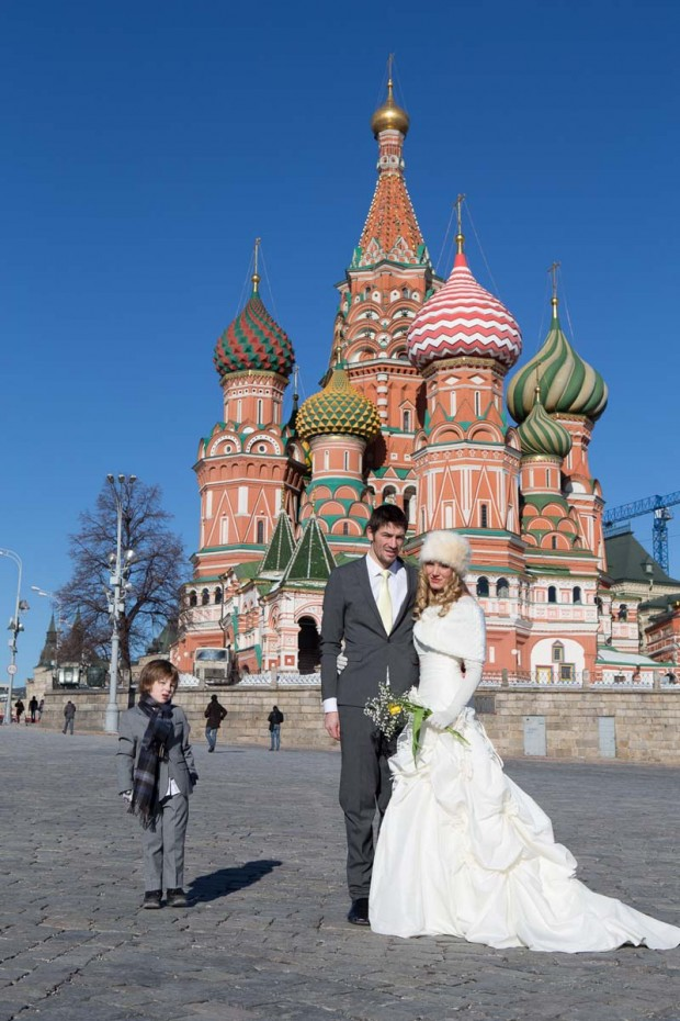 Brett & Amelia's World Wedding Tour The Kremlin, Moscow (2)