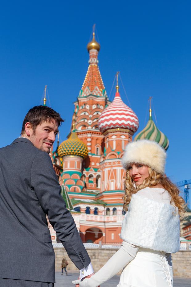Brett & Amelia's World Wedding Tour The Kremlin, Moscow (4)