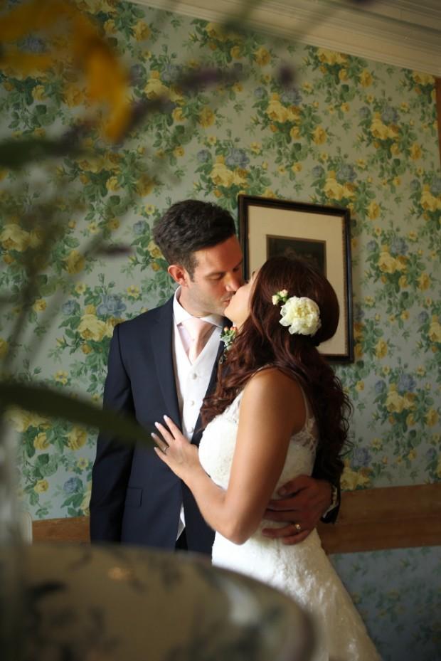 Romantic & Traditional English Castle Wedding: Claire & Jon