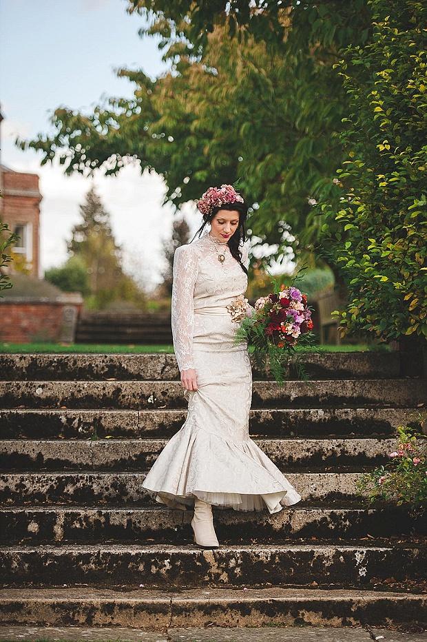 Literary Aspirations: Modern Victorian Inspired Wedding Shoot