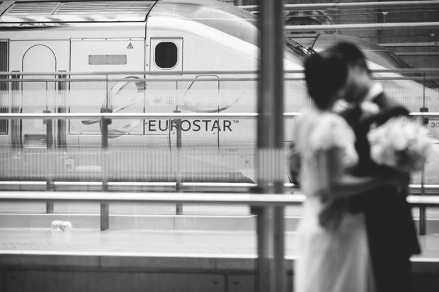 Vintage Travel Wedding at Kings Cross St Pancras Station: Lishan & Ang