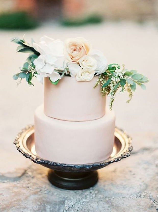 Muted Hues Wedding Cake