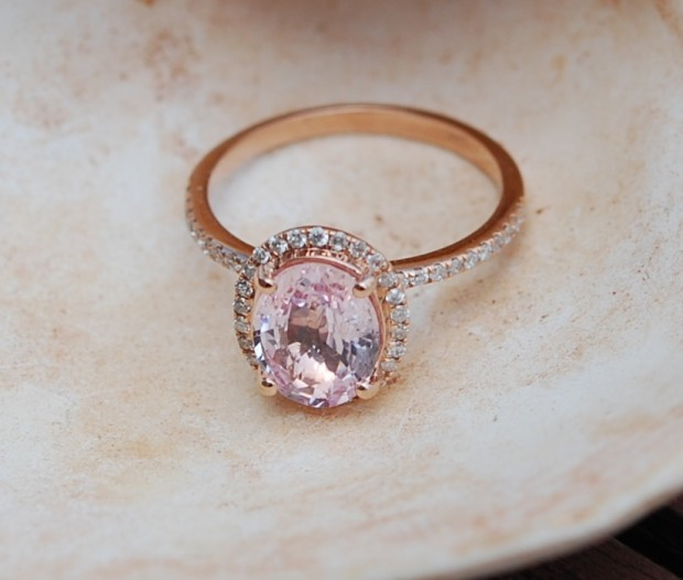 Captivating & Beautiful Rose Gold Engagement Rings