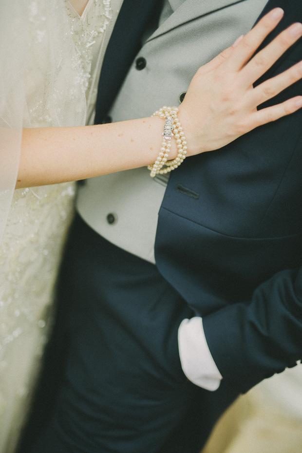 Relaxed Vintage Glamour Wedding With Jenny Packham Bride: Emma & Chris