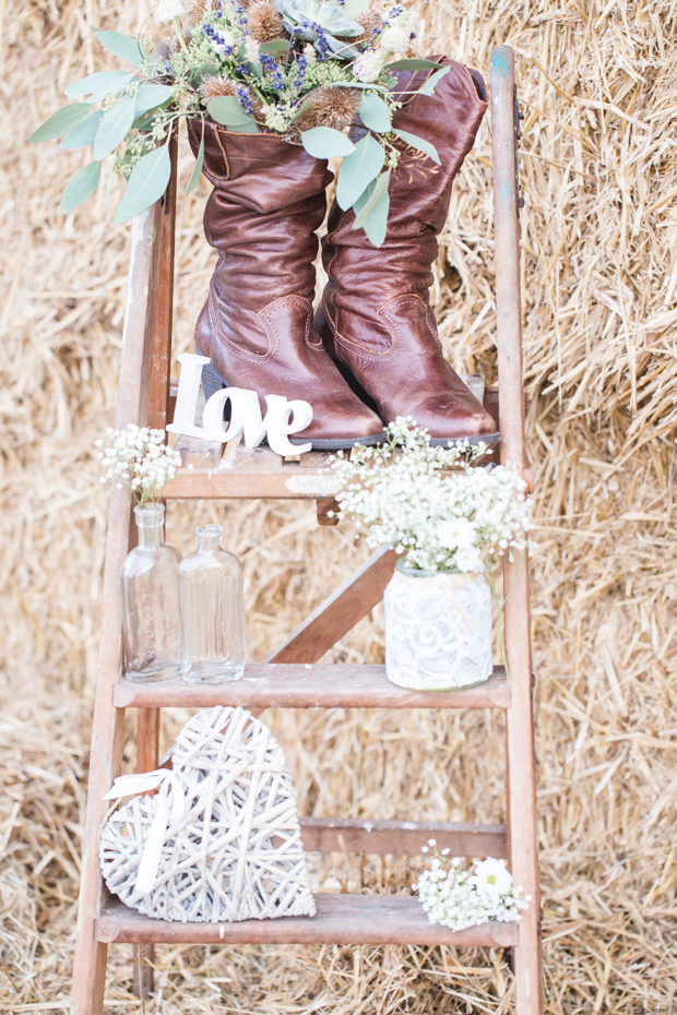 Rustic Glam Styled Wedding Inspiration With a Touch of Western