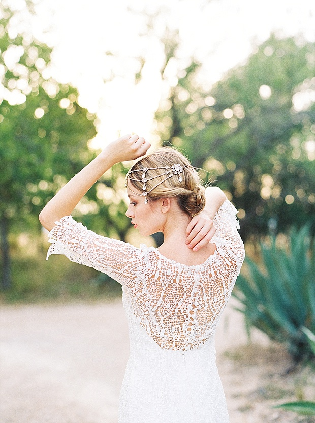 Saint Isabel An Effortlessly Romantic Bridal Collection_0007