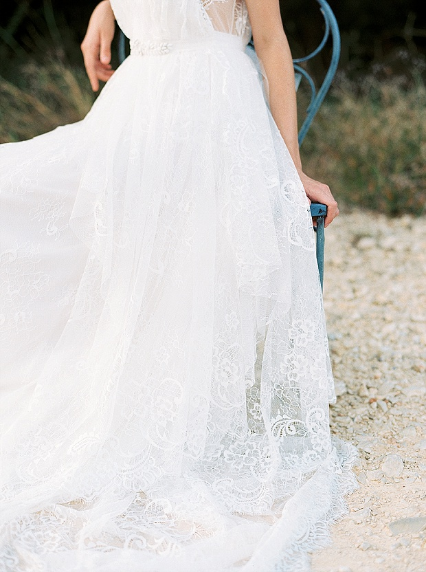 Saint Isabel An Effortlessly Romantic Bridal Collection_0018