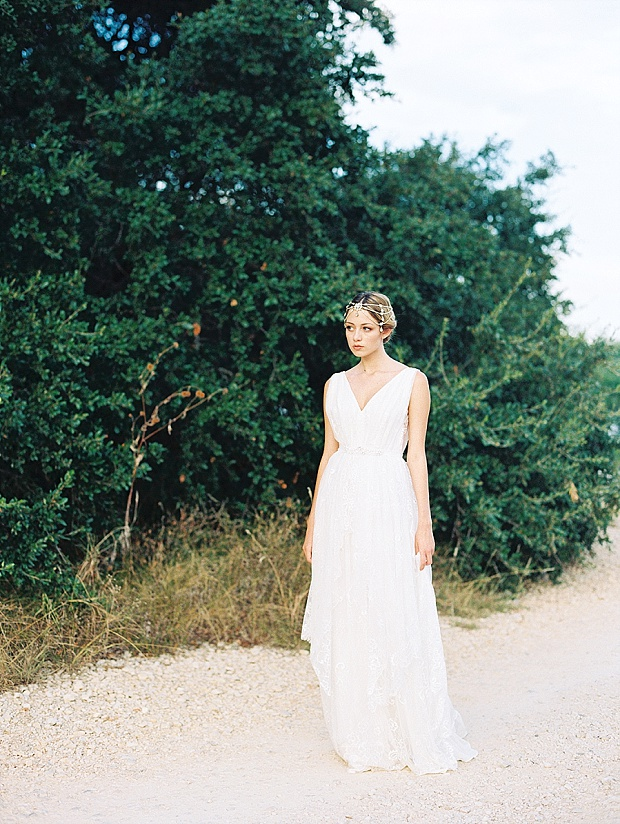 Saint Isabel An Effortlessly Romantic Bridal Collection_0022