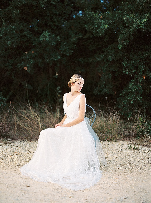 Saint Isabel An Effortlessly Romantic Bridal Collection_0033