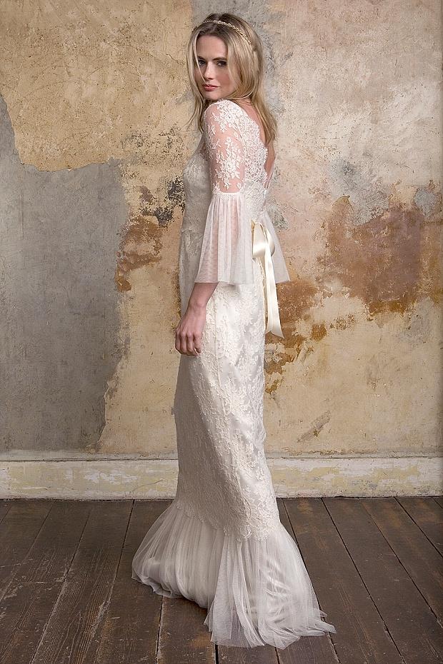 Sally-Lacock_Honor-long-sleeve-lace-wedding-dress-02