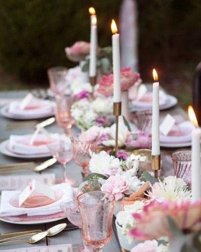 Pink & Grey With a Hint of Peach: Wedding Inspiration & Colour Ideas