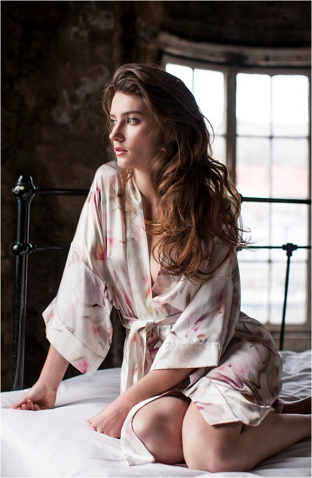 Violet & Wren Win a Luxury Silk Kimono So Beautiful For Your Wedding Morning_0015