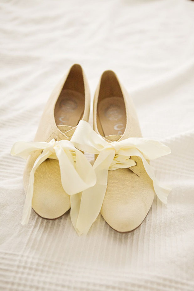 paleyellow wedding shoes with ribbons
