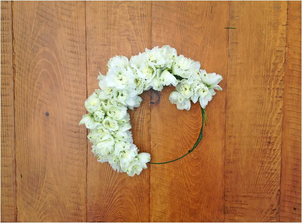 DIY Flower Girl Crown: Wedding DIY & Tutorial
