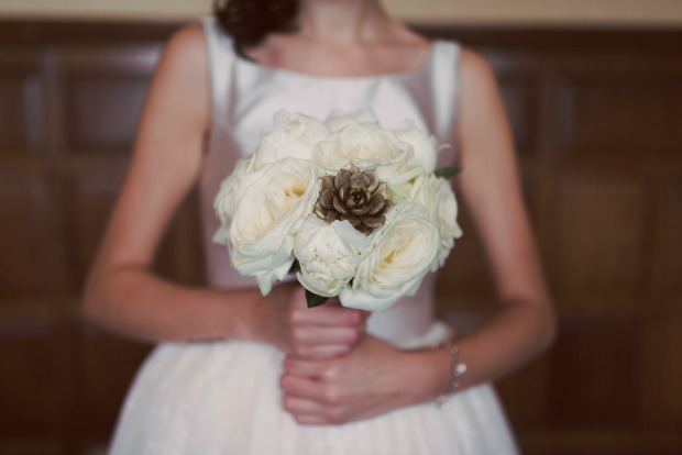 Classic Meets Contemporary: An Emerald & Gold Bridal Shoot at the Beautiful Elvetham Hotel