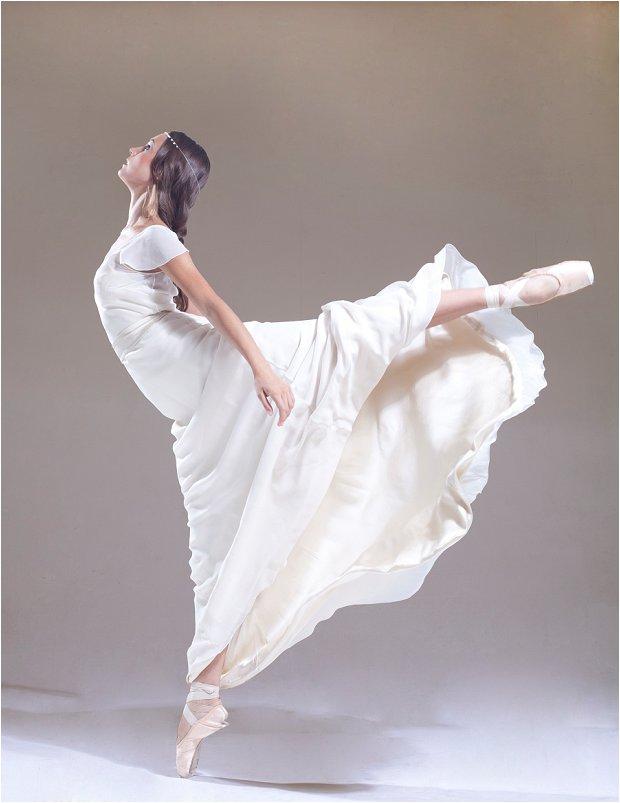 Sabina Motasem unveils ballerina inspired 'En Pointe' collection of wedding dresses_0000
