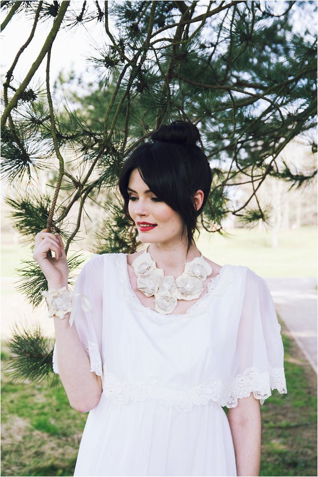 Ayesha Redmond – Smith: Bespoke Vintage Jewellery and Accessories