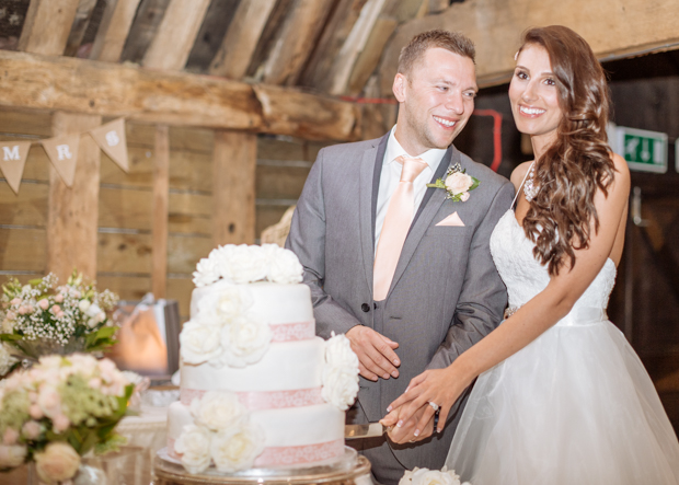 Holly&Rob_Priory Barn_112