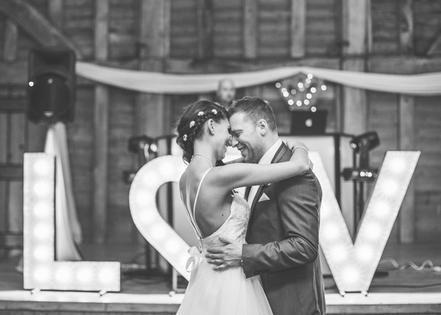 Holly&Rob_Priory Barn_114
