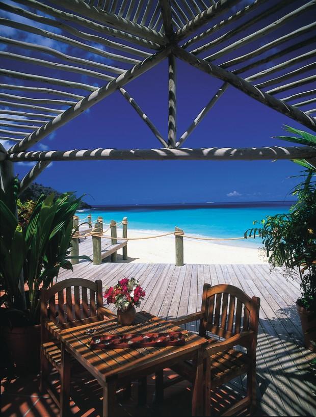 Weddings & Honeymoon's in Antigua The Galley Bay Resort #bridalblogathon (4)
