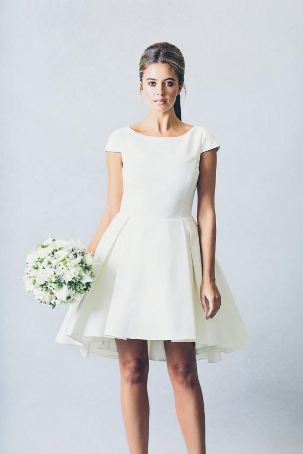 Modern Meets Fairytale: The 2016 Wedding Dress Collection by Elizabeth Stuart