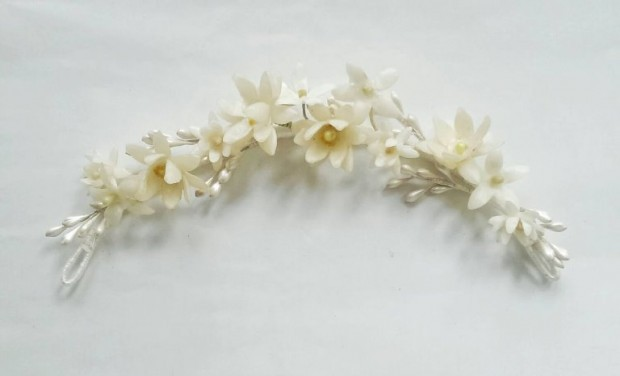 Wax Flower Crowns, Combs & Tiaras by Waxflower Vintage: Beautiful Etsy Finds!
