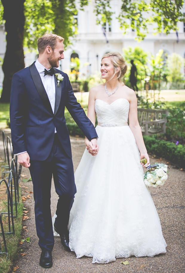 An Elegant White Peonies Wedding at the In & Out Navel & Military Club: Emma & Christian