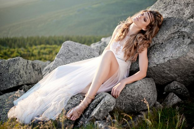Anna Kara wedding dresses at Morgan Davies Bridal_0020