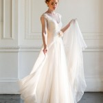 Elegant, Modern & Romantic Wedding Gowns: The Naomi Neoh Summer's Eve Campaign