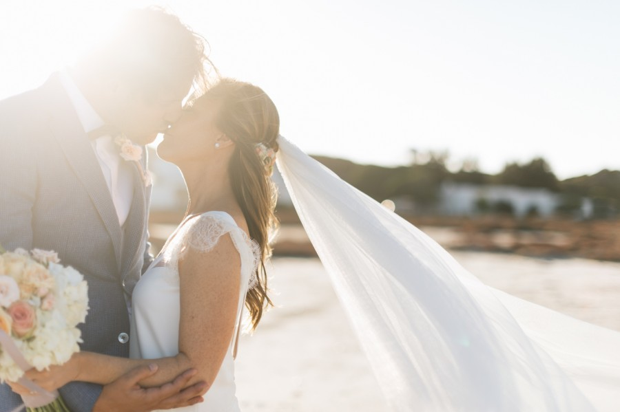 A Beautiful Beachy Wedding With Rustic Beach Wood, Coral & Peach Manu & Jennifer (105)