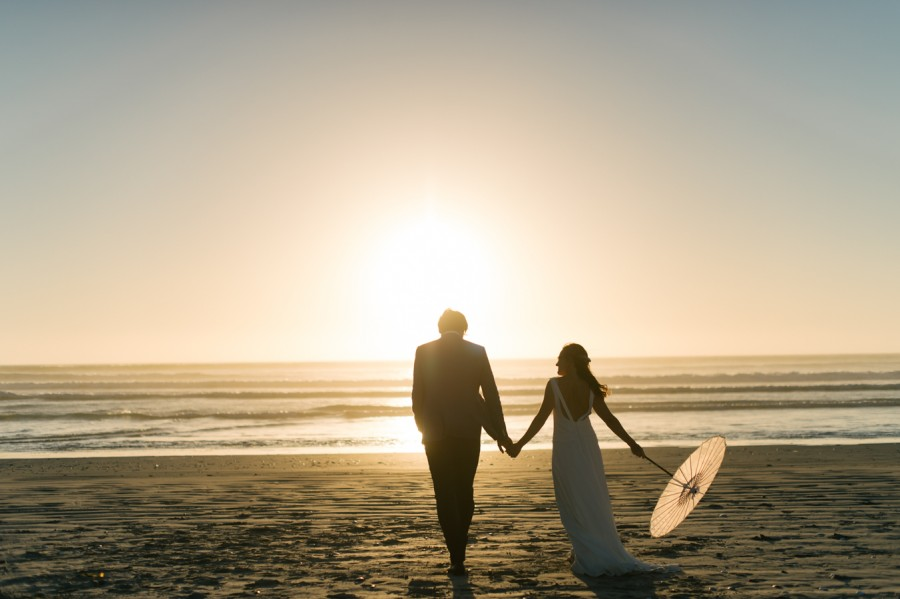 A Beautiful Beachy Wedding With Rustic Beach Wood, Coral & Peach Manu & Jennifer