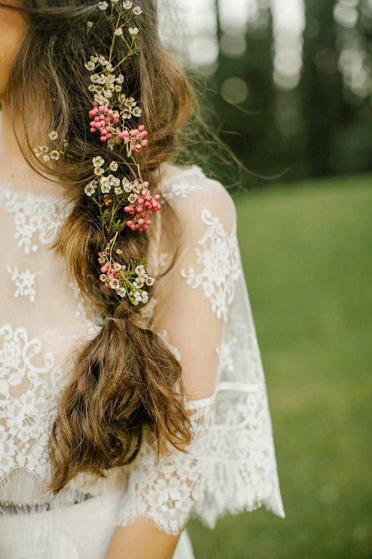 11 Ways In Which Delicately Pretty Botanicals Are The New 'Floral Crown'