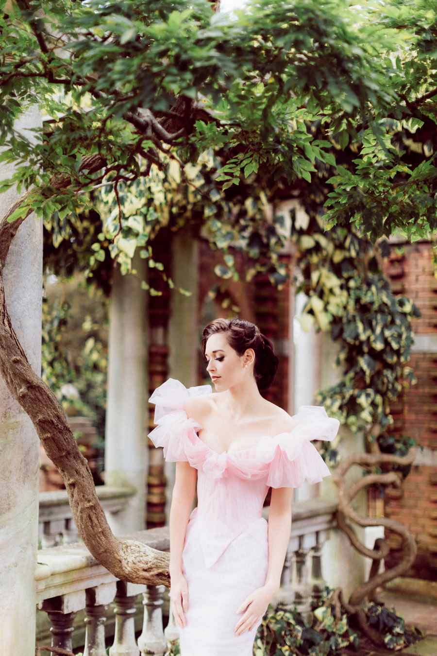 My Fair Lady! A Sophisticated Pale Pinks, Apricots & Lilac Inspired Bridal Shoot…