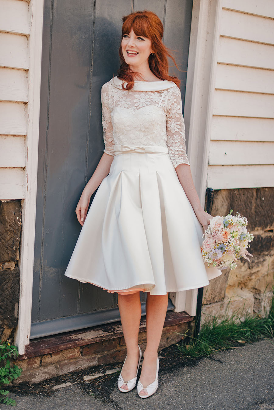 Gorgeous 60s Style Bride & Real Wedding with Kitsch Vintage Details ...