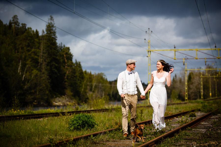 Baby's Breath, Burlap & Beautiful Lighting! A Relaxed Boho Wedding: Maria & Carl-Johan
