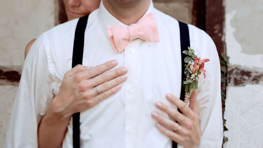 Light in August! Beautifully Crafted Coral & Pink Vintage Wedding Film