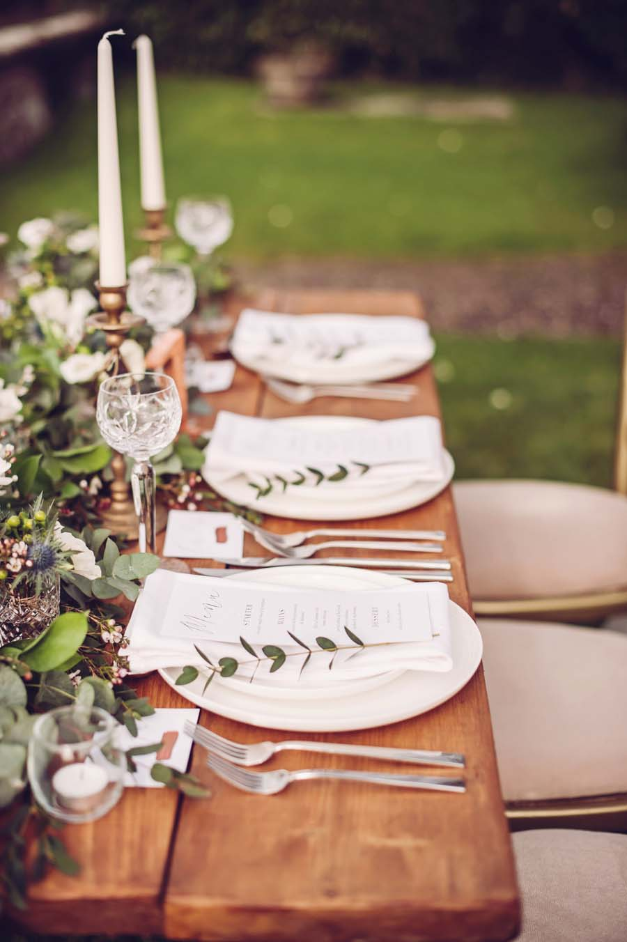 The Perfect Romantic Rustic-Glam Tablescape by Linen & Lace!