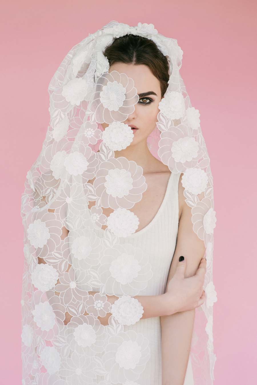 Pretty Fun Amp Totally Unique Wedding Veils By Beba S