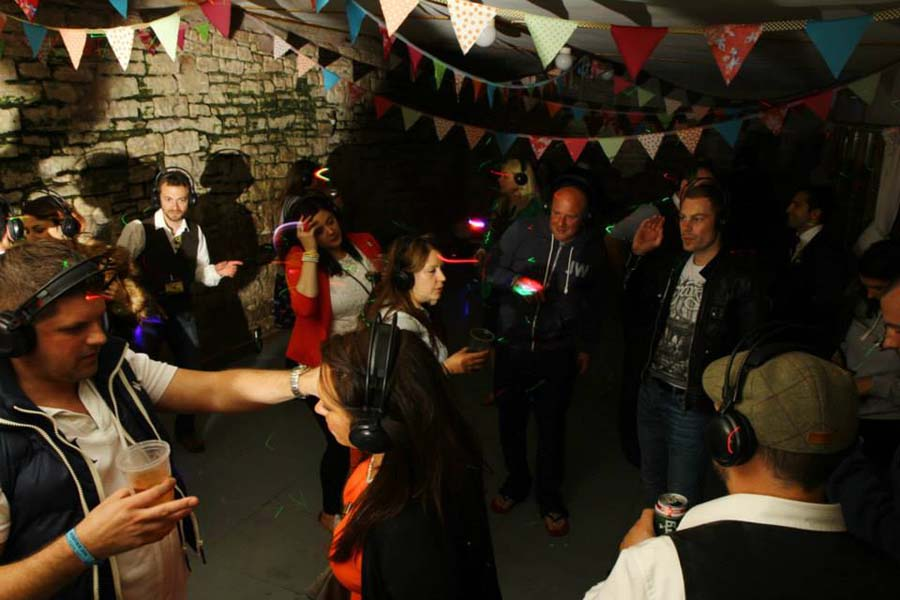 3 Reasons you need a Silent Disco at your Wedding!