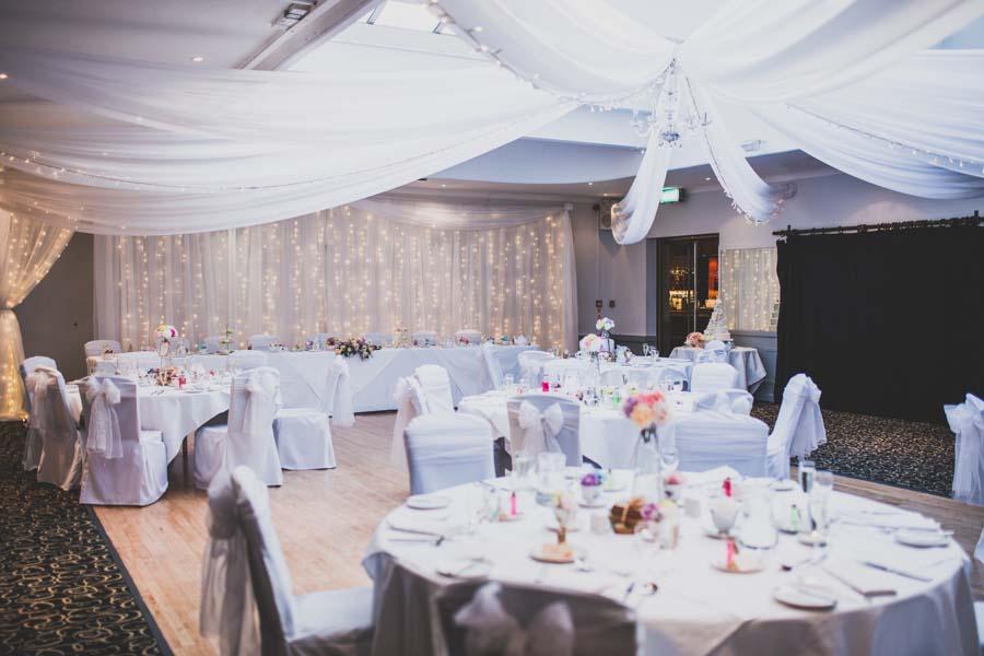 alice wonderland wedding088