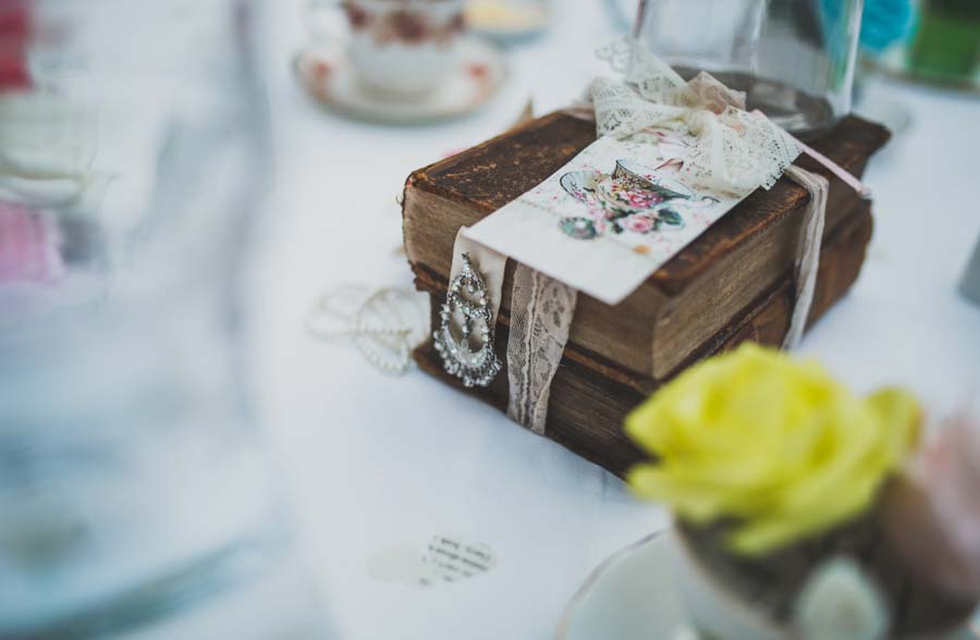 alice wonderland wedding089
