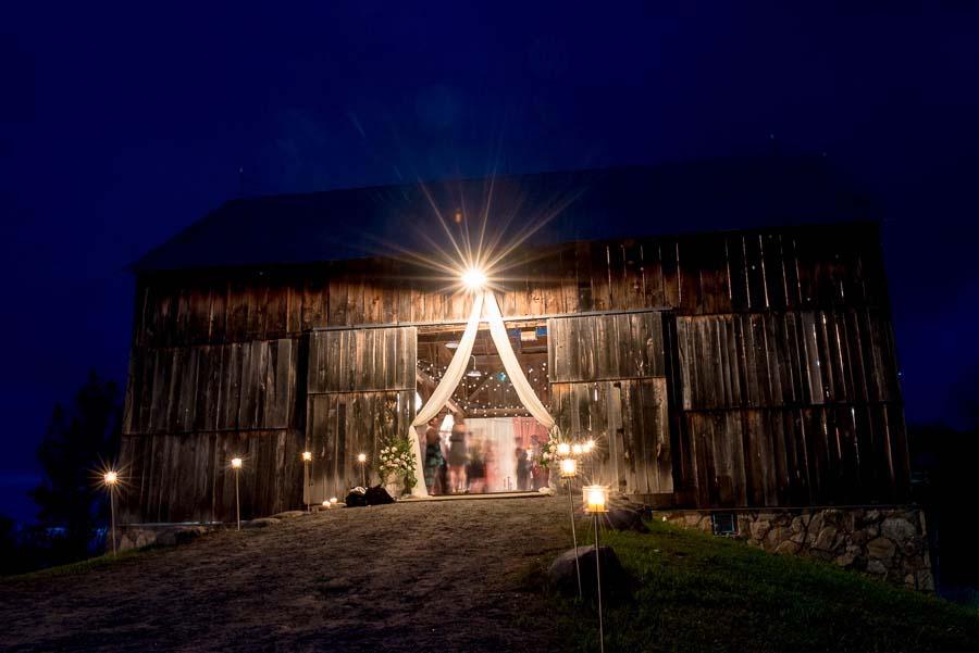 beautiful barn wedding89