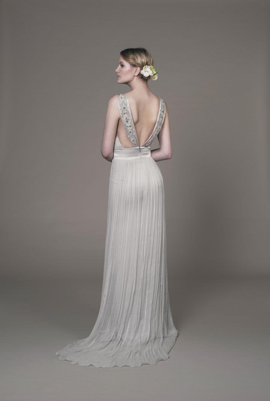 Sanyukta Shrestha: Luxury Wedding Gown Sample Sale! - BridalPulse