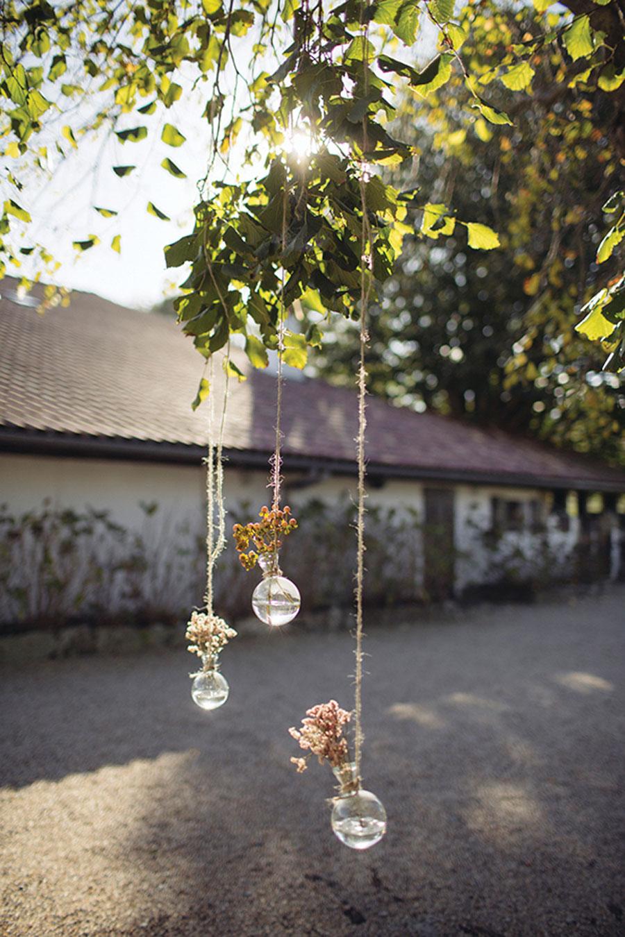 Autumnal Boho Wedding in Basque Country: Miren & Carlos
