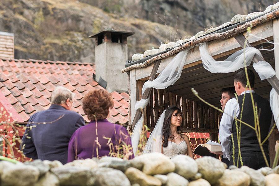 breathtaking-scenic-wedding-in-norway20160914_0106