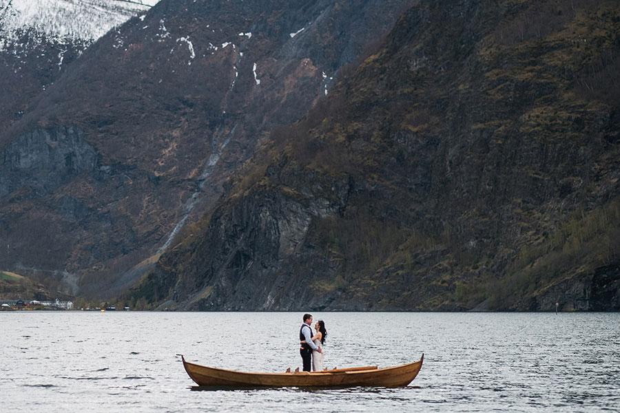 Breathtakingly Scenic Wedding in Norway: Christine & Josh